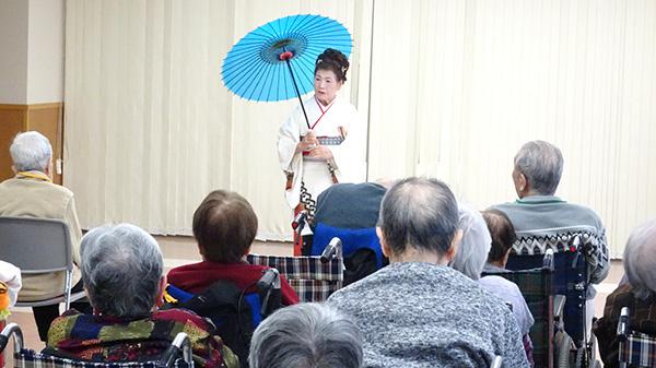 ふるさと会の日本舞踊♪