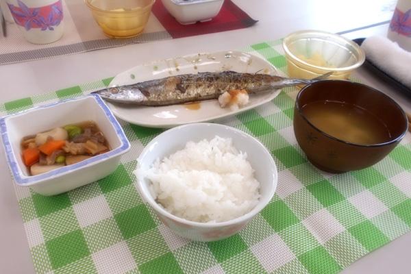 七輪で秋刀魚を焼きました♪