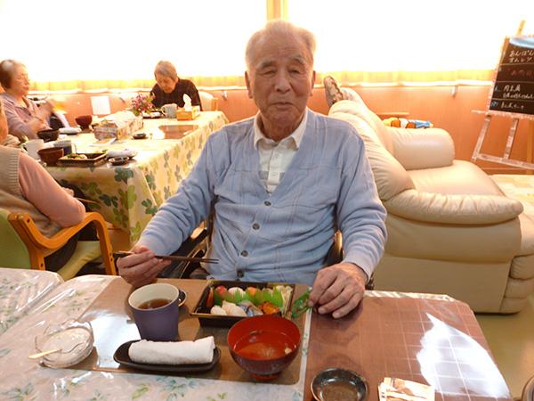 久々にお寿司です!