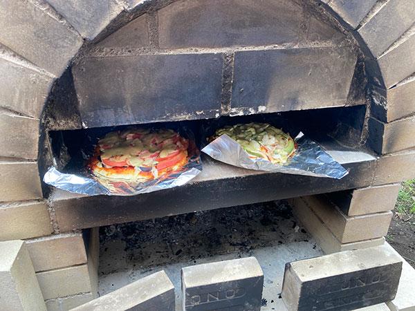念願の窯焼きピザ‼